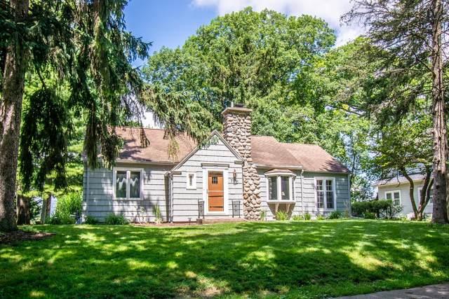 770 Arrowhead Dr, Fontana, WI 53125 (#1699510) :: OneTrust Real Estate