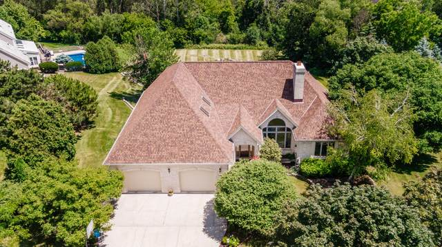 5630 S Balboa Dr, New Berlin, WI 53151 (#1699599) :: OneTrust Real Estate