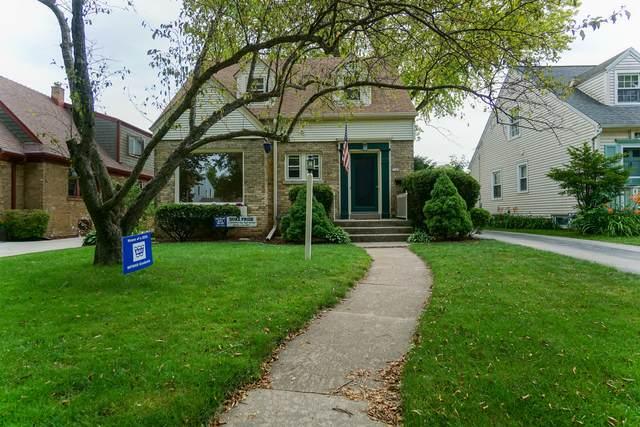 5142 N Shoreland Ave, Whitefish Bay, WI 53217 (#1699752) :: Tom Didier Real Estate Team