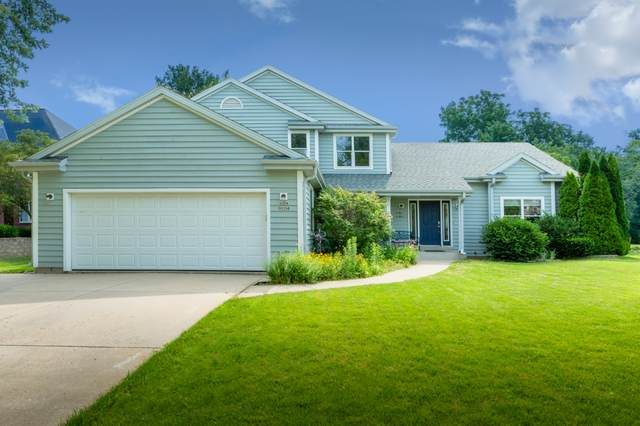 W204S8194 Pasadena Dr, Muskego, WI 53150 (#1699837) :: RE/MAX Service First Service First Pros