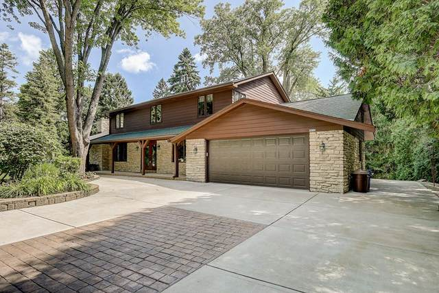 4450 Meadow Vw E, Brookfield, WI 53005 (#1700090) :: OneTrust Real Estate