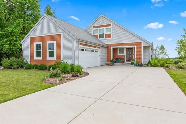 1783 Saddle Dr, Hartford, WI 53027 (#1700160) :: OneTrust Real Estate