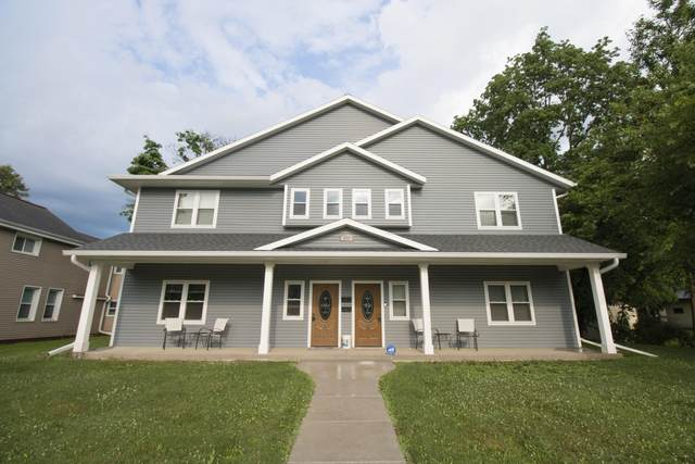 228 S Church St #2, Whitewater, WI 53190 (#1700285) :: RE/MAX Service First Service First Pros