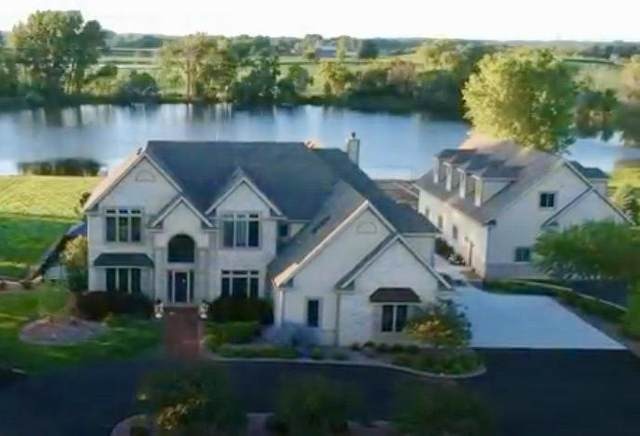 S110W19414 Muskego Dam Dr, Muskego, WI 53150 (#1700383) :: RE/MAX Service First Service First Pros