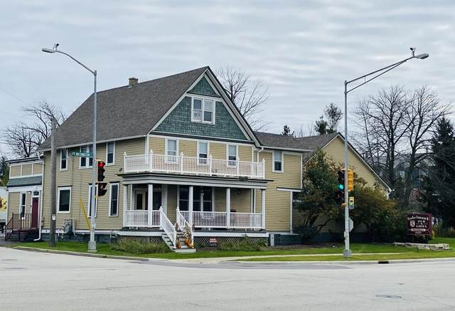10352 N Port Washington Rd, Mequon, WI 53092 (#1700472) :: OneTrust Real Estate