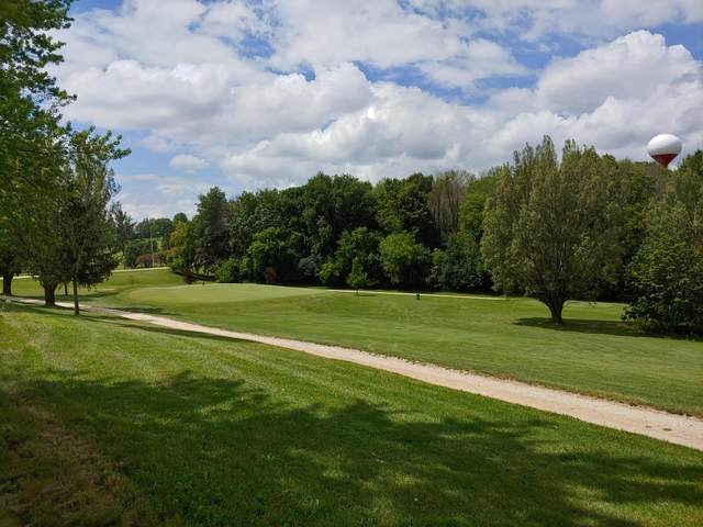 505 Fairway Ter, Mayville, WI 53050 (#1700667) :: Tom Didier Real Estate Team