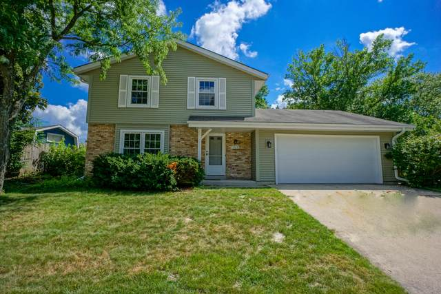 419 Hillview Cir, Waukesha, WI 53188 (#1700836) :: OneTrust Real Estate