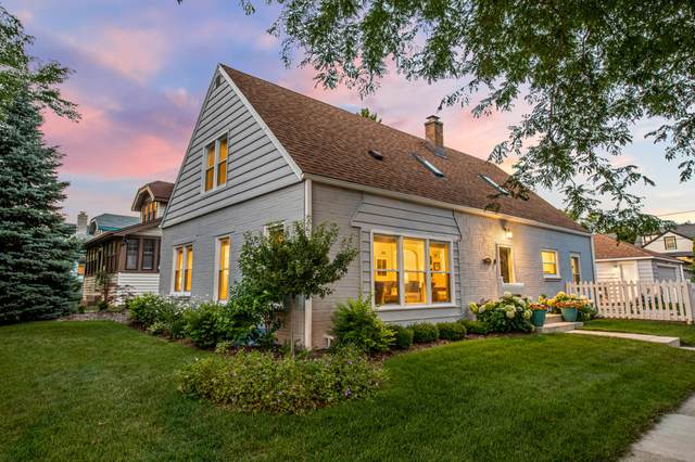 1600 E Kensington Blvd, Shorewood, WI 53211 (#1700869) :: Tom Didier Real Estate Team