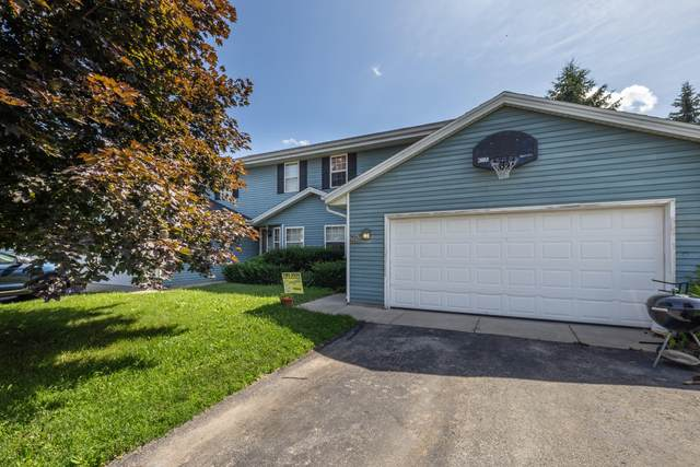 W245N6630 Bowling Green St, Sussex, WI 53089 (#1700890) :: Keller Williams Realty - Milwaukee Southwest
