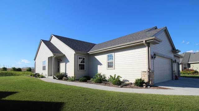684 Farmstead Ct, Slinger, WI 53086 (#1701138) :: OneTrust Real Estate