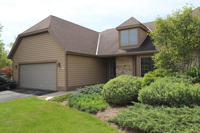 2061 Upper Ridge Rd, Port Washington, WI 53074 (#1701152) :: Tom Didier Real Estate Team