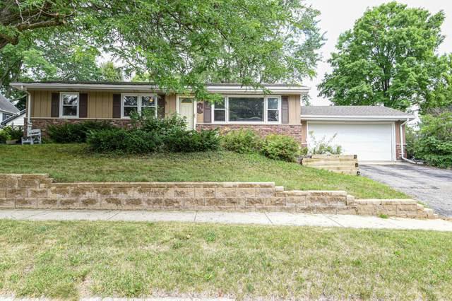 436 Park Ave, Burlington, WI 53105 (#1701177) :: OneTrust Real Estate