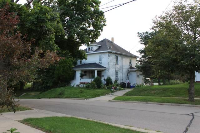 273 Schemmer St, Burlington, WI 53105 (#1701254) :: OneTrust Real Estate