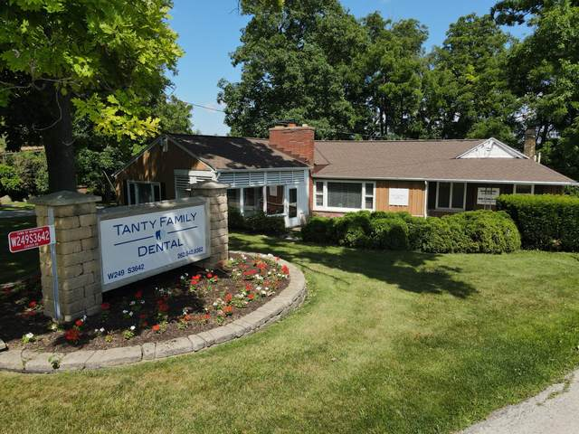 W249S3642 Center Rd, Waukesha, WI 53189 (#1701482) :: OneTrust Real Estate