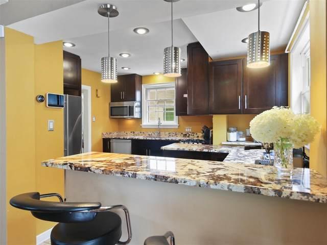 5058 N Kent Ave, Whitefish Bay, WI 53217 (#1701489) :: Tom Didier Real Estate Team