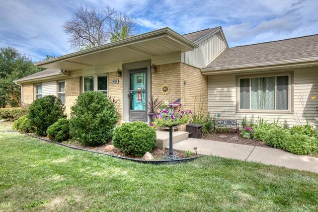 4454 N 107th St, Wauwatosa, WI 53225 (#1701550) :: Keller Williams Realty - Milwaukee Southwest