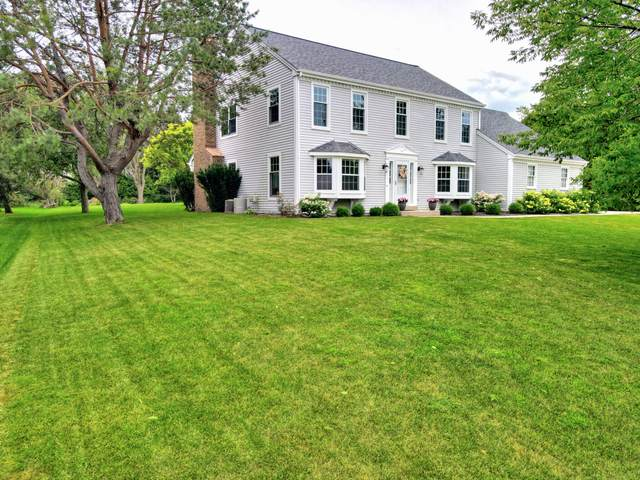 12629 N Park Dr, Mequon, WI 53092 (#1702118) :: NextHome Prime Real Estate