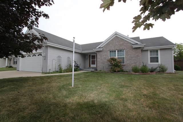 839 N Sandy Ln, Elkhorn, WI 53121 (#1702195) :: OneTrust Real Estate