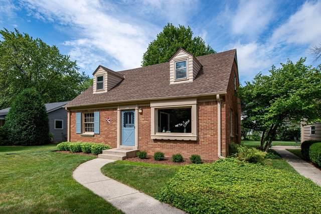 7641 N Bell Rd, Fox Point, WI 53217 (#1702277) :: Tom Didier Real Estate Team