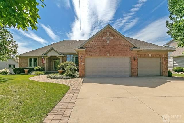 8228 E Ridge Dr, Pleasant Prairie, WI 53158 (#1702284) :: NextHome Prime Real Estate