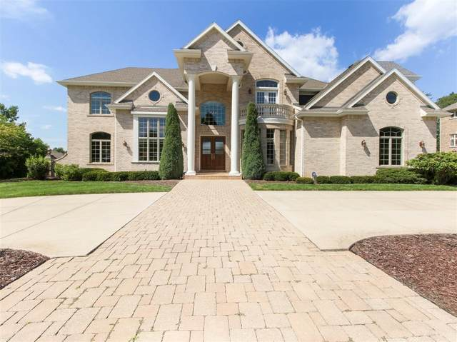 18290 Prairie Falcon Ln, Brookfield, WI 53045 (#1702329) :: NextHome Prime Real Estate