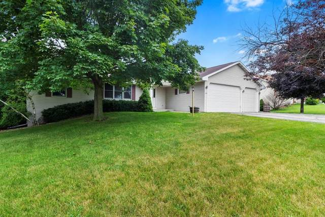 440 Sweet Rd, Darien, WI 53114 (#1702373) :: OneTrust Real Estate