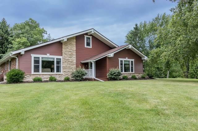 4921 Lake Dr, West Bend, WI 53095 (#1702594) :: Tom Didier Real Estate Team