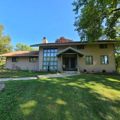 229 Llamberris Pass, Wales, WI 53183 (#1702616) :: RE/MAX Service First Service First Pros
