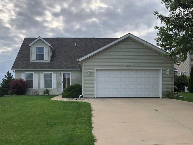 1242 Firethorn Drive, West Bend, WI 53090 (#1702624) :: Tom Didier Real Estate Team