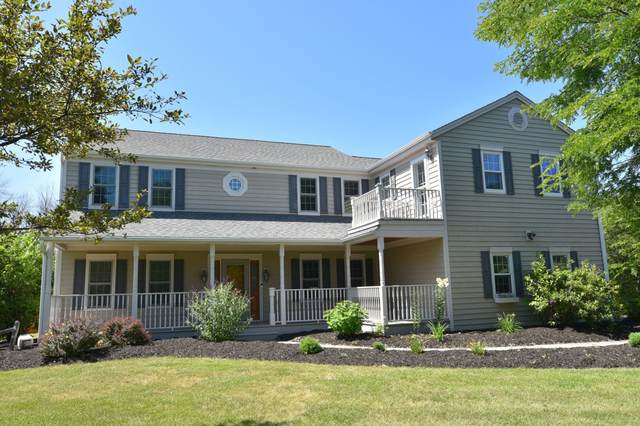 11119 N San Marino Dr, Mequon, WI 53092 (#1702660) :: OneTrust Real Estate