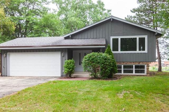 14300 W Redwood Dr, New Berlin, WI 53151 (#1702716) :: RE/MAX Service First Service First Pros