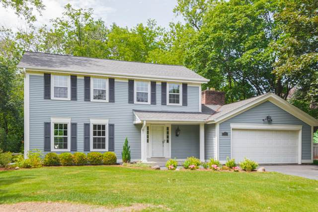 11301 N Parkview Dr, Mequon, WI 53092 (#1702731) :: OneTrust Real Estate