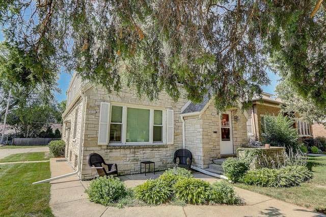 8401-8403 W North Ave, Wauwatosa, WI 53226 (#1702775) :: Keller Williams Realty - Milwaukee Southwest