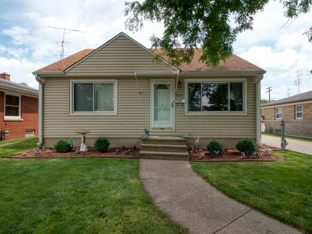5523 39th Ave, Kenosha, WI 53144 (#1702785) :: Keller Williams Realty - Milwaukee Southwest