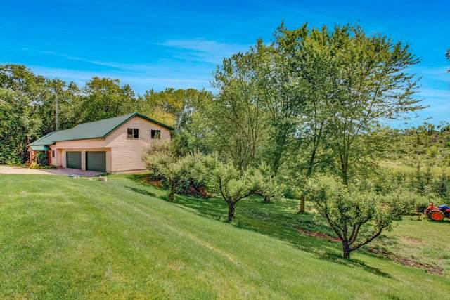 N5421 Meadowlark Rd, Sheboygan Falls, WI 53085 (#1702884) :: OneTrust Real Estate