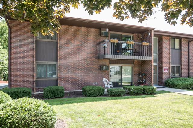 1250 Wisconsin St 211B, Lake Geneva, WI 53147 (#1702924) :: RE/MAX Service First Service First Pros