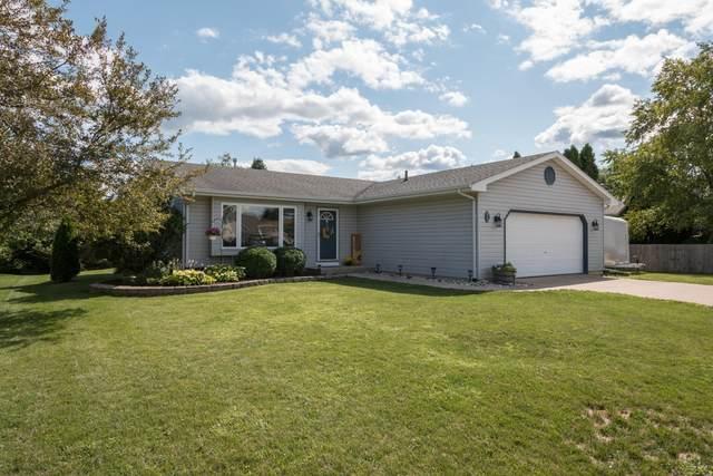 809 Ridgemont Dr, Burlington, WI 53105 (#1702948) :: OneTrust Real Estate