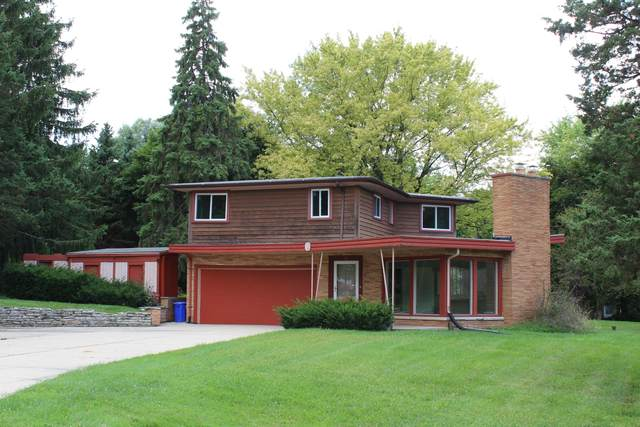 3325 Anders Ln, Brookfield, WI 53005 (#1703017) :: RE/MAX Service First Service First Pros