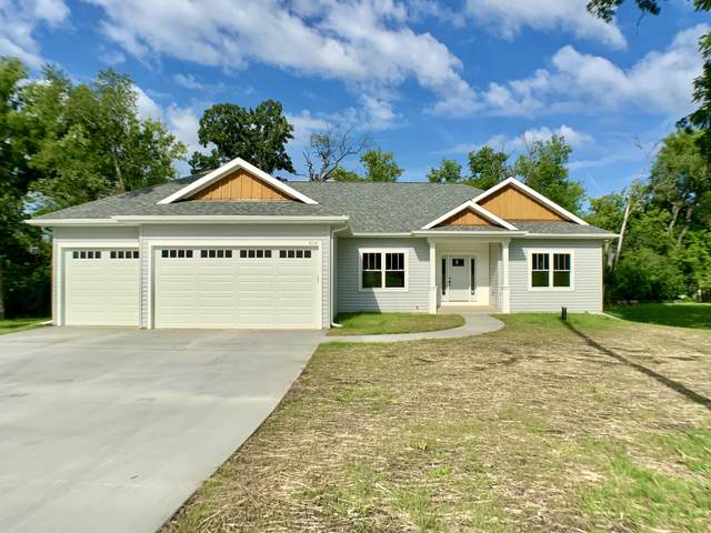 4114 Sunset Rd, Waterford, WI 53185 (#1703042) :: NextHome Prime Real Estate