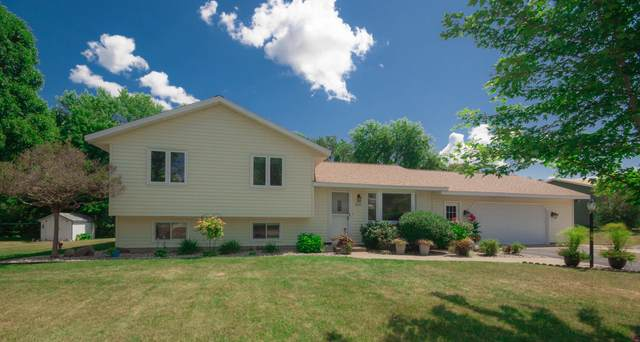 N6922 Pine Ln, Holland, WI 54636 (#1703156) :: OneTrust Real Estate