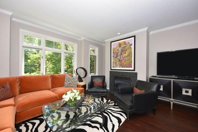 2224 E Edgewood  Ave, Shorewood, WI 53211 (#1703168) :: Tom Didier Real Estate Team