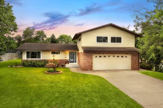 2504 Madison Pl, La Crosse, WI 54601 (#1703180) :: OneTrust Real Estate
