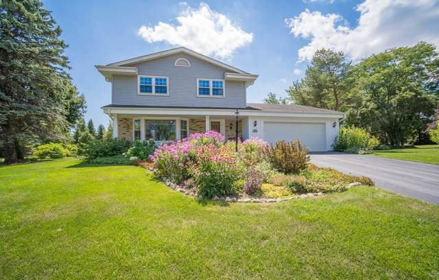 N104W16625 Thornapple Row, Germantown, WI 53022 (#1703211) :: RE/MAX Service First Service First Pros