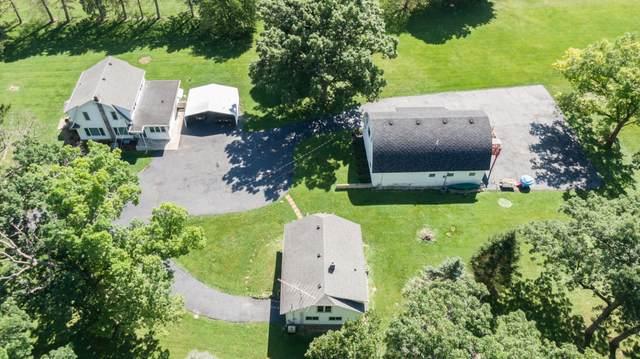 411 Holig Ln, Delavan, WI 53115 (#1703260) :: OneTrust Real Estate