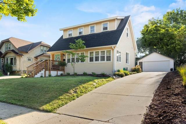528 N 62nd St, Wauwatosa, WI 53213 (#1703286) :: RE/MAX Service First Service First Pros