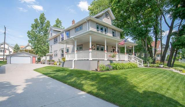 538 S 6th Ave #540, West Bend, WI 53095 (#1703377) :: Tom Didier Real Estate Team
