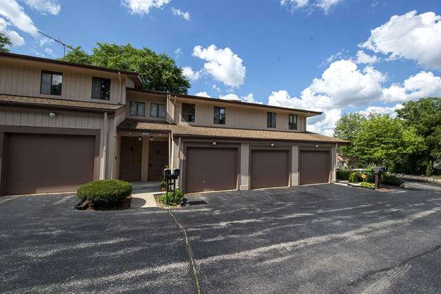 304 Sheffield Rd #4, Waukesha, WI 53186 (#1703511) :: RE/MAX Service First Service First Pros