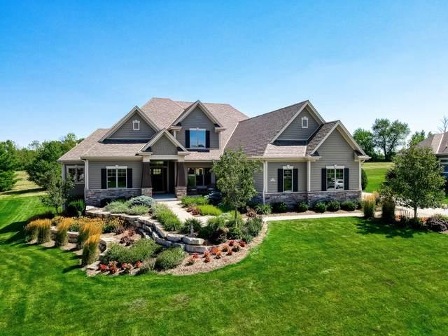 N36W23455 Oak Hill Ln, Pewaukee, WI 53072 (#1703684) :: OneTrust Real Estate