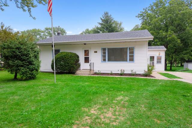 482 Fellows St, Genoa City, WI 53128 (#1703835) :: OneTrust Real Estate