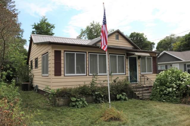 913 Wolcott St, Sparta, WI 54656 (#1704041) :: NextHome Prime Real Estate